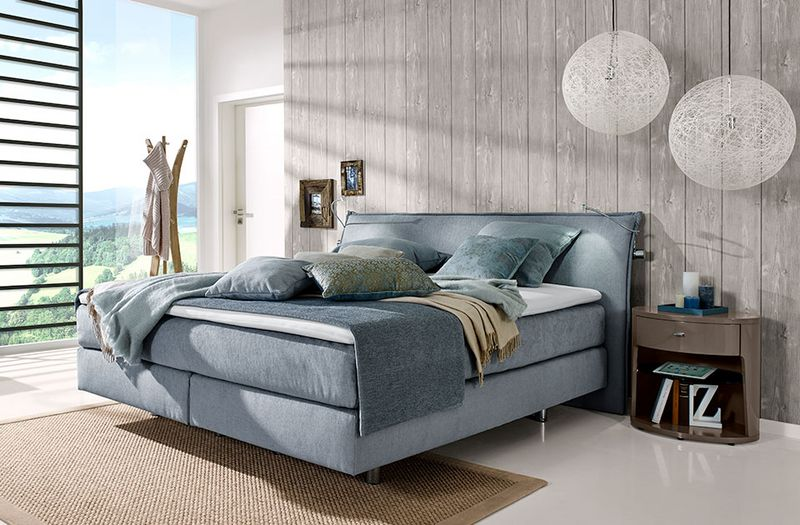 csm_bedrooms_couture-tosca-bedside-tables_9848-9841-high-gloss-cubanit-grey-chrome-01-AM_960x630px_e02be5bf21 September: Matratzen Aktion Wohn-Blog